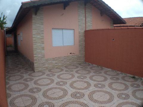 Casa de 3 dormitórios com suíte e quintal 200 metros do mar, Solemar - Praia Grande