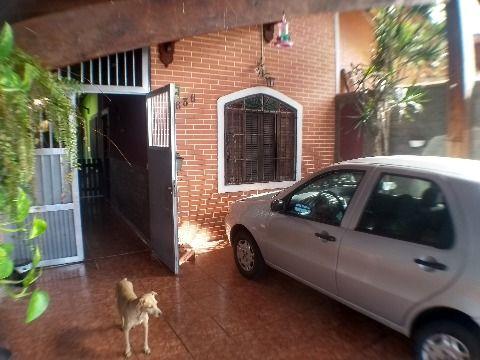 Casa de 2 dormitórios sensacional na Vila Caiçara, Praia Grande