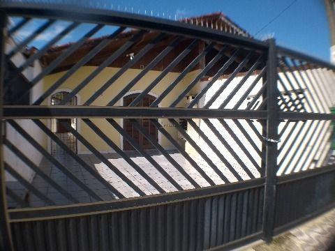 Casa em Praia Grande de 2 dormitórios com 1 suíte na Vila Caiçara
