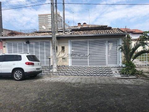 Casa  geminada localizada em Praia Grande