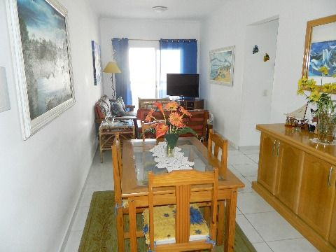 Apartamento de dois dormitórios Vila Tupi - Praia Grande