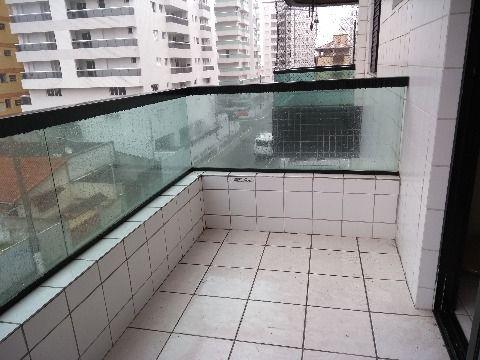 Apartamento localizado na Cidade Ocian em Praia Grande com 96 m²