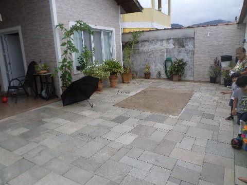 Casa isolada com 3 dormitórios no Jardim Real em Praia Grande SP