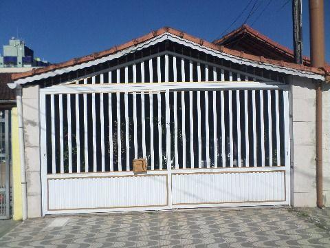 Casa na Vila Caiçara em Praia Grande com 2 dormitórios
