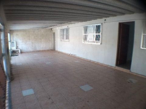Linda casa isolada de 3 dormitórios em Praia Grande no Jardim Real com suíte