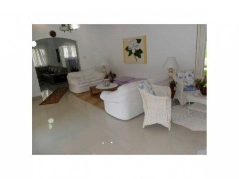 Casa em Praia Grande   4 dormitórios - Flórida