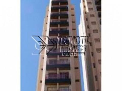 Alugo Apartamento no Edificio Marques de Três Rios