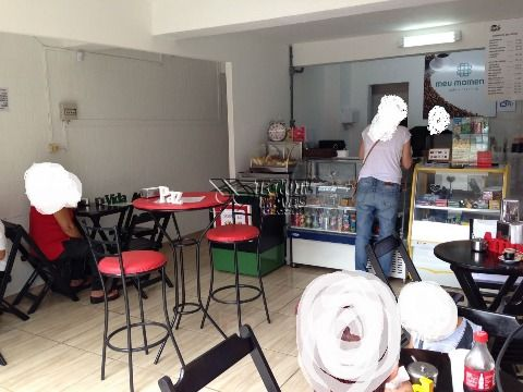 Ponto Comercial Cafeteria + Sala no Piso Superior - Com Grande Fluxo de Pessoas