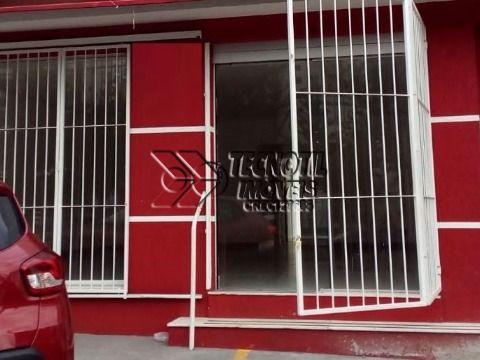 Casa comercial na Av. Orozimbo Maia