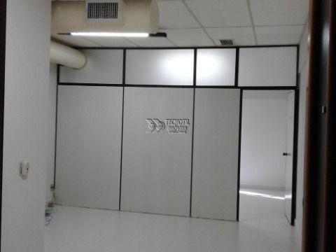 Sala comercial no Centro de Campinas com 1 Vaga de Garagem
