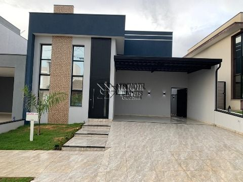 Linda Casa Térrea no Condomínio Golden Park- Hortolândia SP