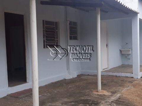 Casa De Fundos - Vila Georgina com 1 Vaga de Garagem