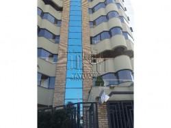 Apartamento em Vila Invernada - São Paulo