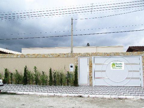 Linda casa nova isolada em Praia Grande no bairro  Flórida