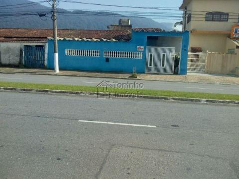 Casa geminada  contendo: 2 dormitórios  no Bairro Solemar em Praia Grande