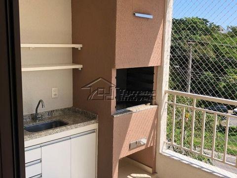 Lindo apartamento no Bairro Urbanova com varanda gourmet