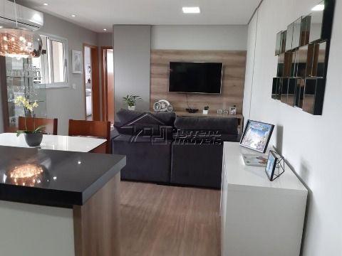 Lindo Apartamento com 2 dormitórios