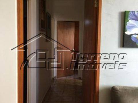 Ótimo Apartamento com 3 dormitórios na Vila Adyana
