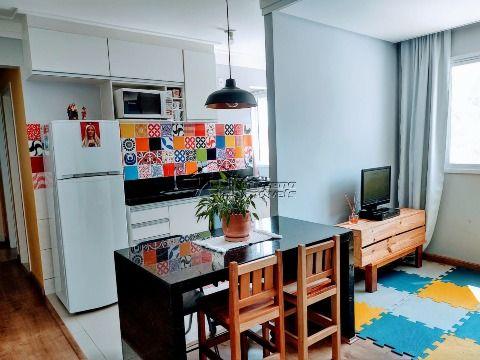 Apartamento com 2 dormitórios no Jardim Santa Júlia