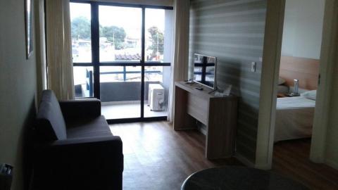 Flat residencial à venda, Capuchinhos, Feira de Santana.