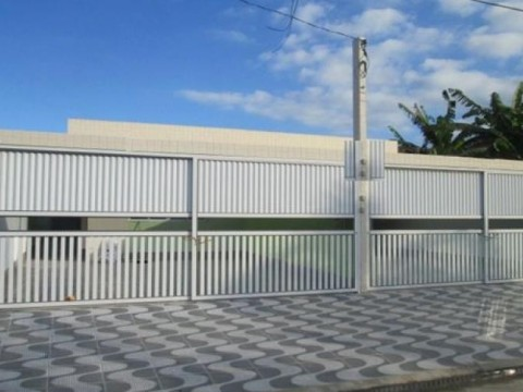 Casa em VILA ANTARTICA - PRAIA GRANDE