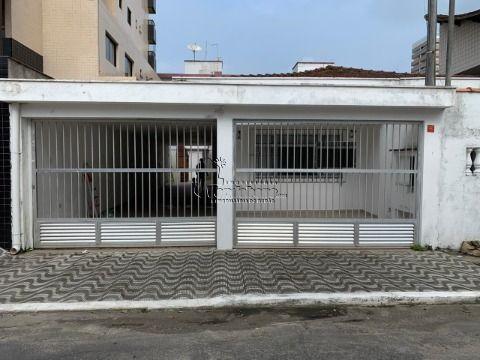 Casa Térrea em GUILHERMINA - PRAIA GRANDE