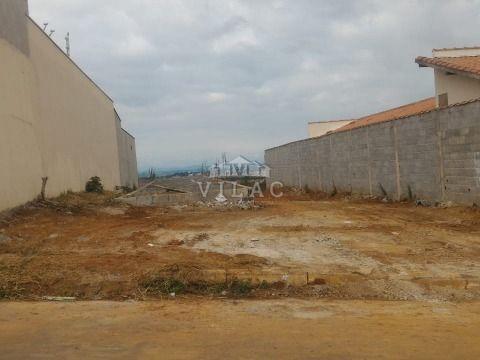 Terreno de 361m² no Alto da Figueira 3 em Varginha/MG