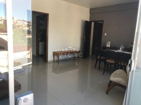 Apartamento com 03 quartos na Vila Pinto em Varginha/MG