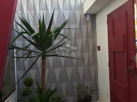 Casa moderna de alto padrão no bairro Rezende em Varginha/MG