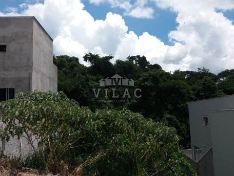Terreno com 361m² no bairro Alta Vila em Varginha/MG