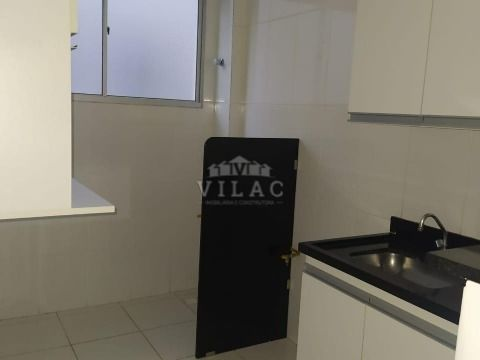 Apartamento 03 quartos no Condomínio Vila Romana em Varginha/MG