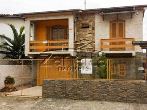 Casa em Floresta - Criciúma